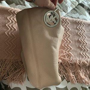 Authentic Micheal Kors Handbag.